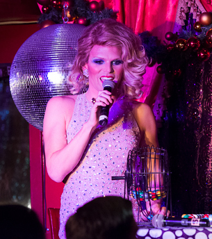 Willam-Belli-TEASE-USE