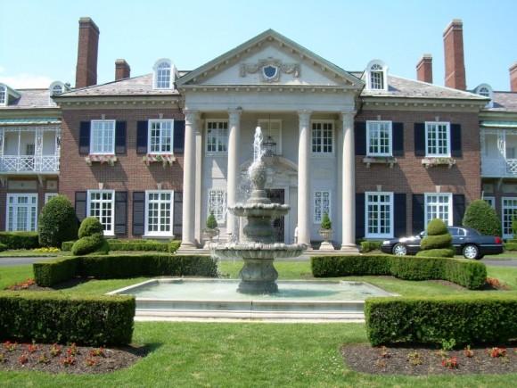 long-island-mansion