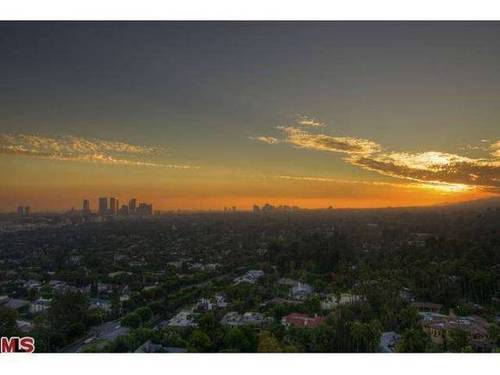 "A city skyline view from the condo. See more great WeHo views in our story ""You Gotta See This: The Best Views in WeHo"" at http://ow.ly/qu5Hz."