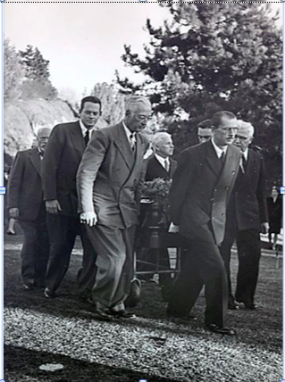 Pall bearers at Theodore Dreiser's funeral were led by Charlie Chaplin, front and center. (Photo courtesy of Southern California Architectural History)