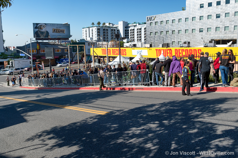 Fans lining up at Tower Records lot for cheap Guns N Roses tickets. (Photo by Jon Viscott).