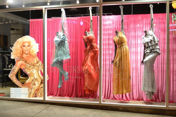 Gowns by Zaldy Goco in the windows of LASC (Photo courtesy of @ohmannequin)