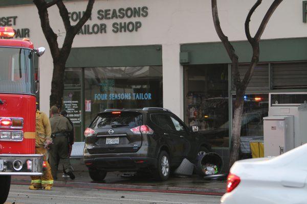 santa monica boulevard, crescent heights boulevard, car crash, west hollywood sheriff's station